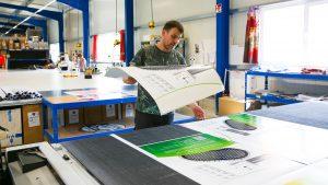Arbeiten in der Druckerei