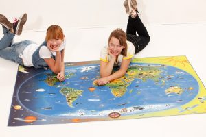B1.1_Fußbodenbelag Kinderweltkarte